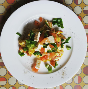 Pico-De-Gallo Scrambled Eggs